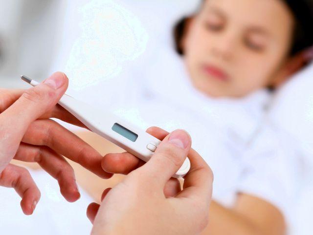 Причины безсимптомной повышенной температуры у ребенка