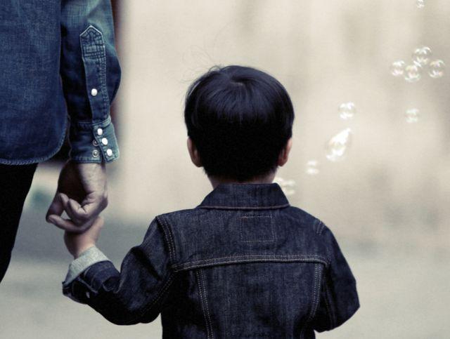 Порядок проживания и воспитания ребенка после развода родителей