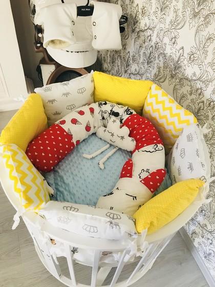 Ко встречи все готово, просто уже невтерпёж😆и кроватку всера застелили, сегодня дошью подушку для малыша и точно все готово👼😌