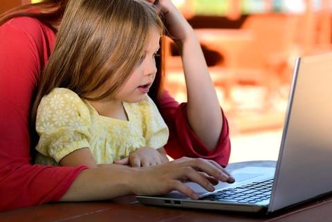 Дети и гаджеты: отдавать или отнимать?