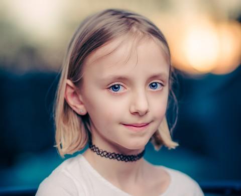 Мамин креатив: что делать, если ребенок хочет проколоть уши или покрасить волосы?