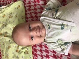 Николаю 2,5 месяца))